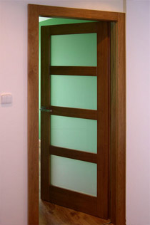 Interiérové dveře prosklené jednodílné